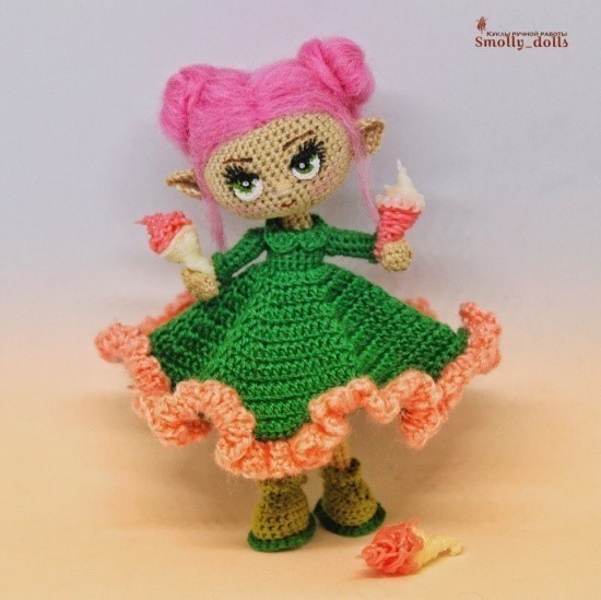 Вязаная крючком куколка-малышка 3